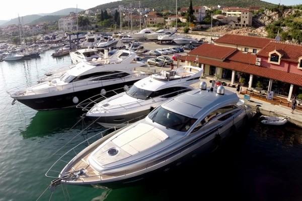Dubrovnik Airport To Marina Agana Transfer